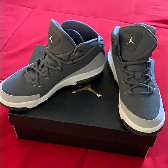 Jordan Air Deluxe BG. NWT. Nike 1c1ce9706
